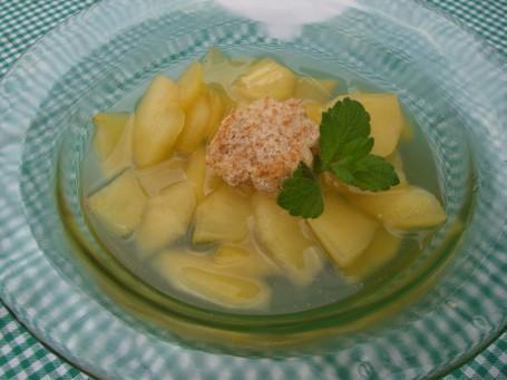 Apfel-Weinsuppe -  (Foto: Eva Maria Lipp - Nicht zur freien Verwendung)