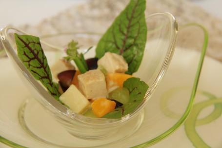 Putensalat mit Früchten -  (Foto: Elisabeth Heidegger - Nicht zur freien Verwendung)
