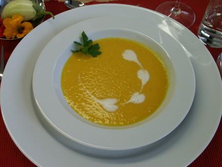 Anregende Karottenschaumsuppe mit Ingwer -  (Foto: Landwirtschaftskammer Oberösterreich/Romana Schneider - Nicht zur freien Verwendung)