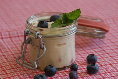 Vanille Topfencreme mit frischen Beeren -  (Foto: LKOOE/Evelyn Puchner - Nicht zur freien Verwendung)