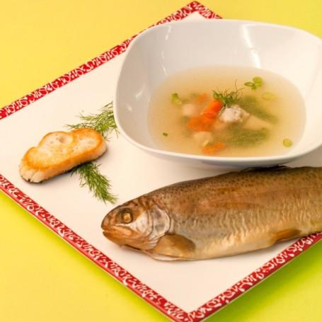 Feine Fischsuppe -  (Foto: Ulrike Matscheko-Altmüller - Nicht zur freien Verwendung)