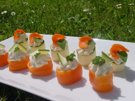 Bunte Karotten- und Zucchinipralinen -  (Foto: Eva Maria Lipp - Nicht zur freien Verwendung)