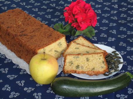 Zucchini-Apfelbrot -  (Foto: Christine Besenhofer - Nicht zur freien Verwendung)