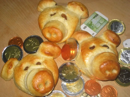 Glücksschweinchen mit Rosinen -  (Foto: Landwirtschaftskammer Oberösterreich / Schneider-Lenz - Nicht zur freien Verwendung)