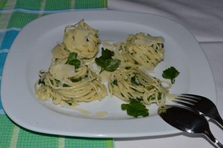 Pasta mit Petersilie -  (Foto: Eva Maria Lipp - Nicht zur freien Verwendung)