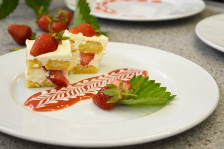 Erdbeer -Topfen-Tiramisu -  (Foto: Eva Maria Lipp - Nicht zur freien Verwendung)
